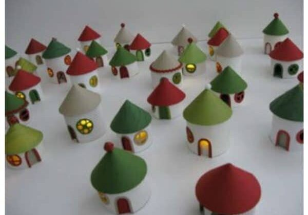 DIY christmas village from toilet paper rolls 1